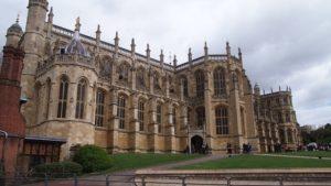 nha tho thanh George 6 300x169 - Thành viên Hoàng gia Anh tổ chức lễ cưới ở đâu?